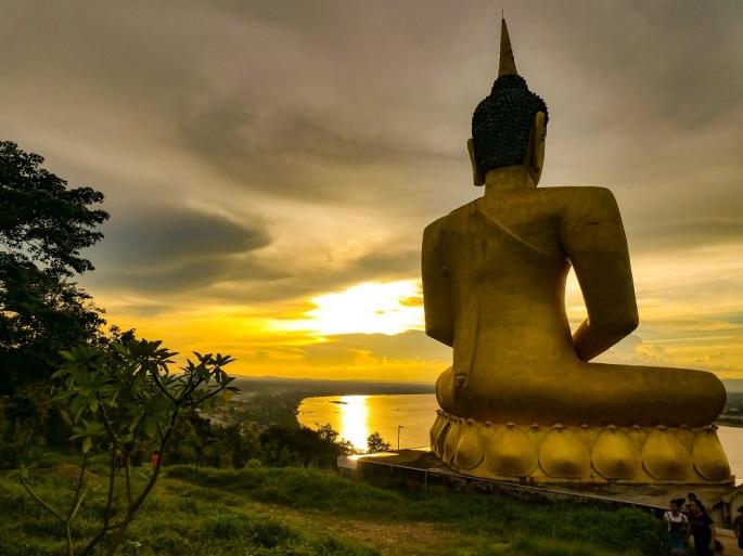Pakse_Sunset, Golden_Buddha